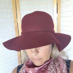 NWT 100% Wool Wide Brim Hat
